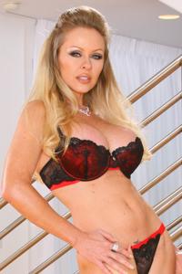 dyanna Lauren anale porno