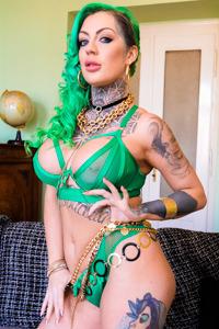 Picture of Phoenix Madina