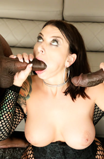 Ivy Lebelle's First Interracial DP!