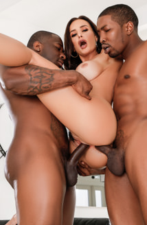 Interracial DP: Milf Lisa Ann   2 BBCs